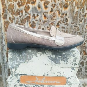 Rockport Leather Taupe+Gold Loafers